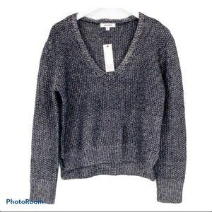 BB DAKOTA V-Neck Chunky Sweater NWT.